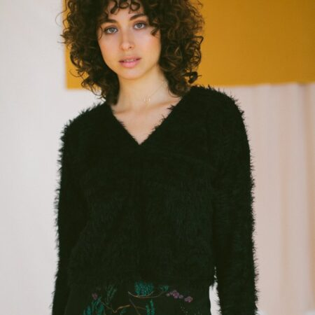 BLACK TEXTURE JUMPER